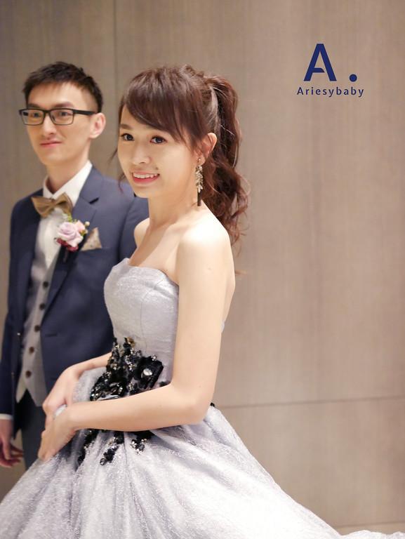 新祕,新娘祕書,敬酒造型,馬尾造型,Ariesybaby造型團隊,ARIESY愛瑞思品牌訂製手工婚紗