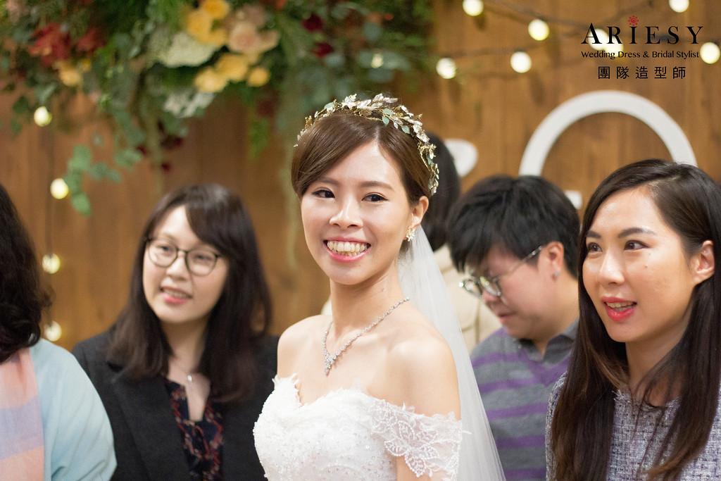 新娘秘書,新秘造型,自然清透妝感,龍鳳掛造型,歐美新娘髮型