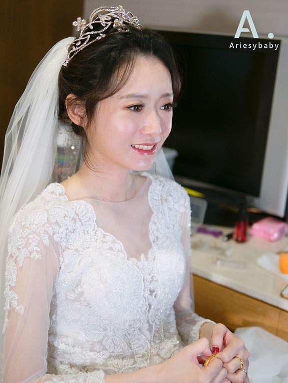 新娘秘書,桃園新秘, Ariesybaby團隊,黑髮新娘,新娘造型,新娘髮型