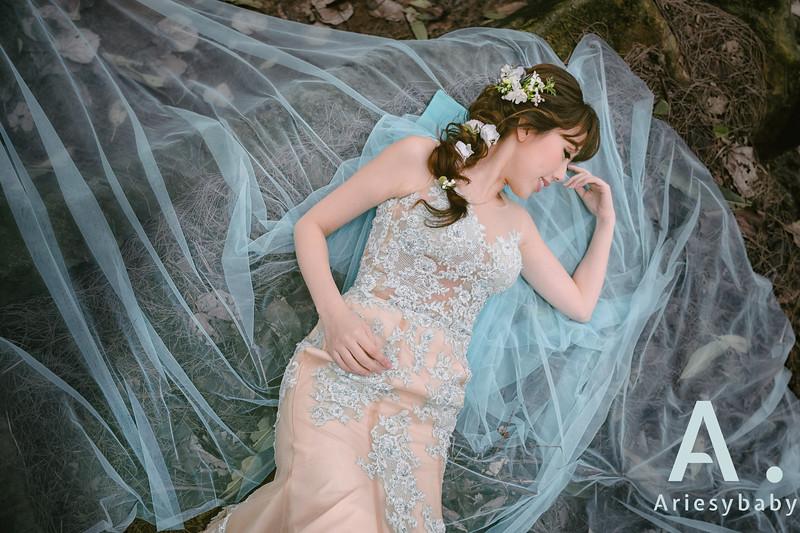 新娘秘書,新秘造型,自然清透妝感,花藝造型, 編髮造型