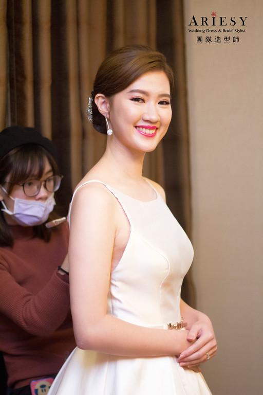 新娘秘書,新秘造型,自然清透妝感,金門新秘,歐美新娘髮型