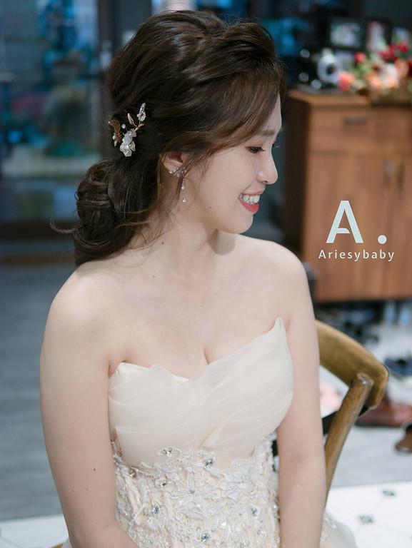 ariesybaby造型團隊,台北新祕,新娘秘書,新娘髮型,新娘造型,蓬鬆編髮