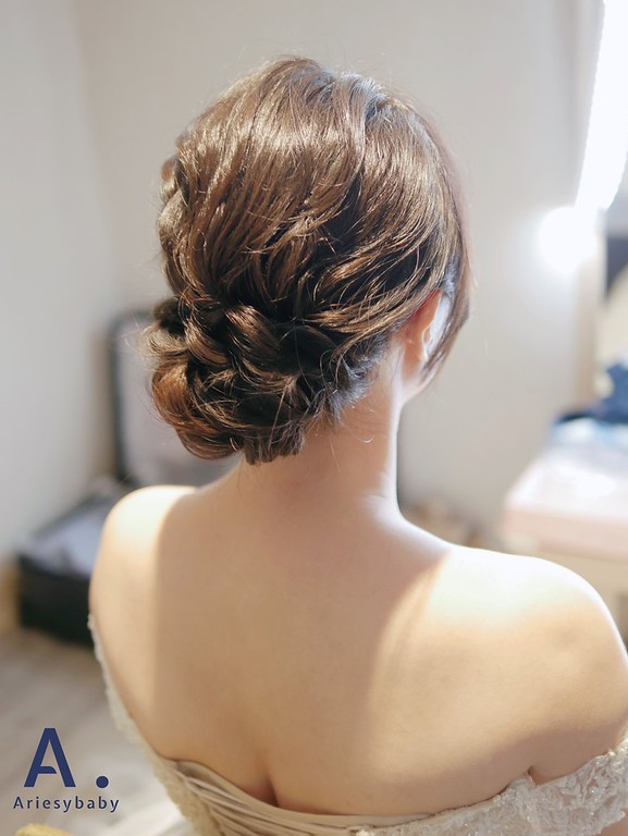 新娘秘書,韓系妝感,白紗進場造型,新娘時尚造型,新秘