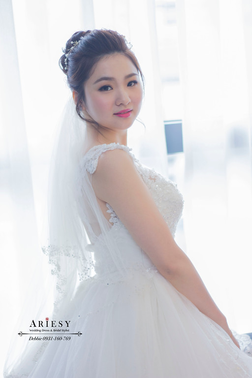 新娘秘書,新娘髮型,高包頭髮型,台北新秘,白紗造型