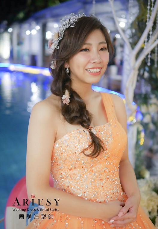 送客造型,蓬鬆編髮造型,新娘造型,新祕,花藝新祕,花藝飾品