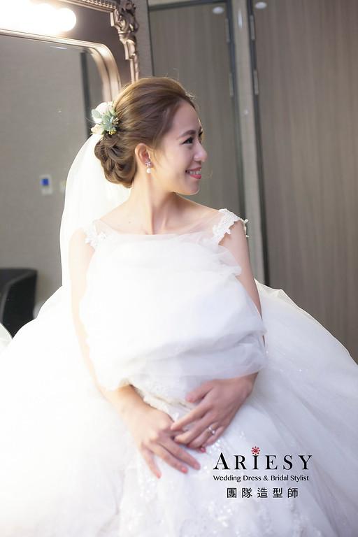 白紗造型,編髮造型,新娘髮型,新祕,新娘造型,迎娶造型
