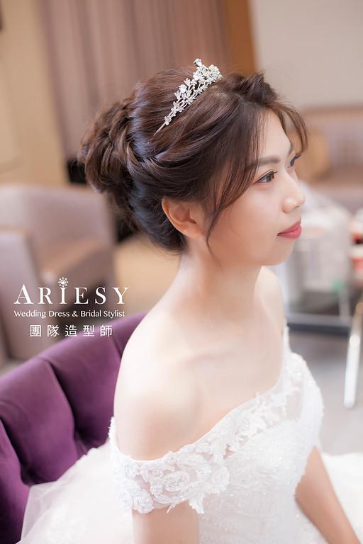 桃園新祕,新娘秘書,新娘造型,新娘編髮,白紗造型,自然清透妝感,新娘髮型,盤髮造型,推薦新秘