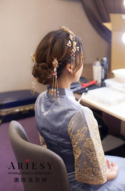 新竹新祕,新娘秘書,新娘造型,編髮新祕,龍鳳掛造型,清透妝感,新娘髮型,編髮造型,新秘