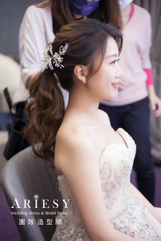 新竹新祕,新娘秘書,新娘造型,編髮新祕,敬酒造型,清透妝感,新娘髮型,編髮造型,新秘