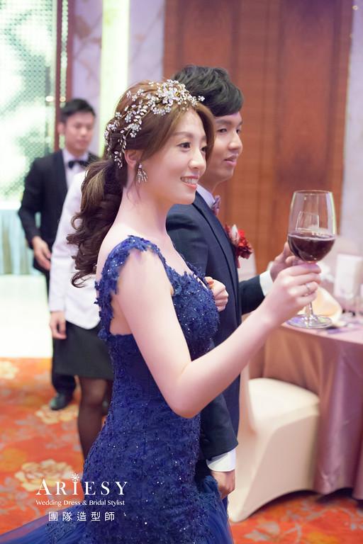台北新祕,新娘秘書,新娘造型,自然清透妝感,蓬鬆編髮,馬尾造型,新娘髮型,新秘推薦