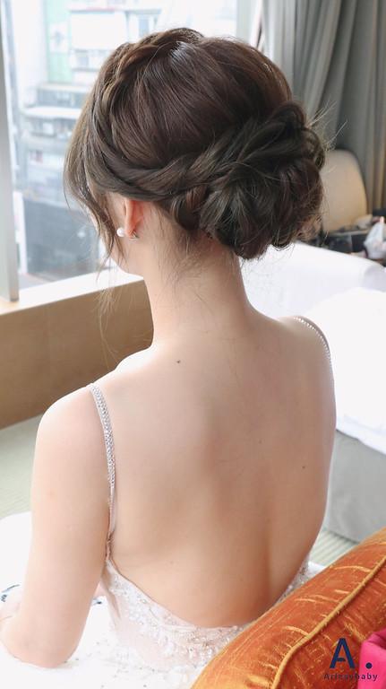 新秘推薦,新祕,新娘秘書,新娘髮型,Ariesybaby造型團隊,清透妝感,新娘造型