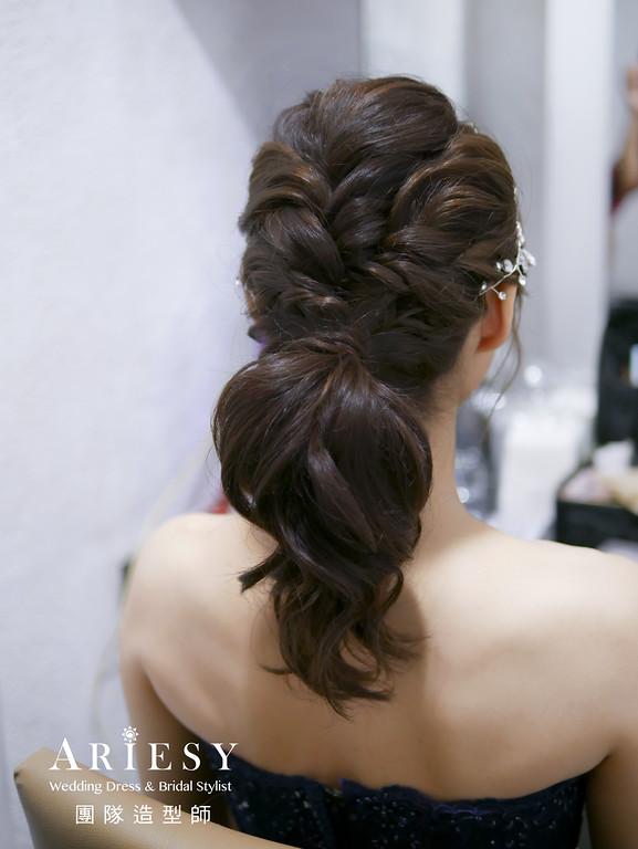 敬酒髮型,馬尾造型,新秘,新娘造型,深藍色禮服造型