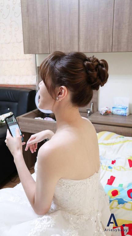 Ariesybaby造型團隊,細軟髮新娘,推薦新祕,新娘造型,自然乾淨妝感,新娘髮型