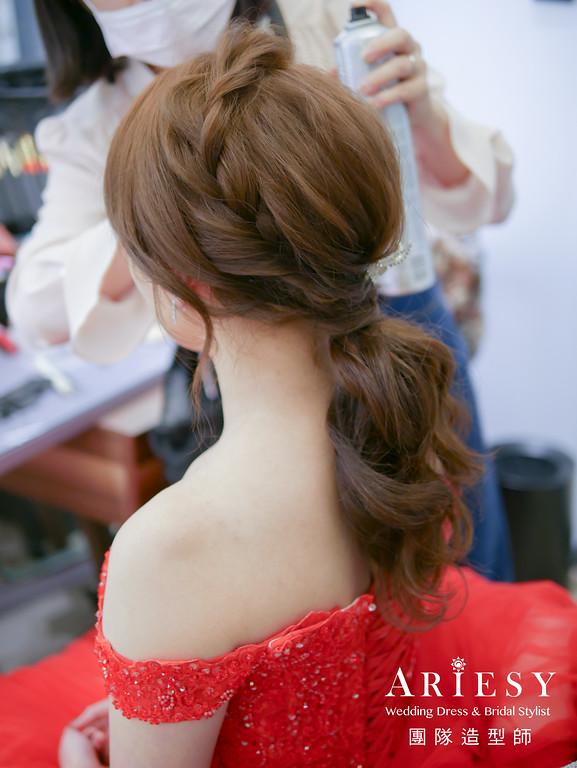 敬酒造型,新娘秘書,編髮低馬尾,新娘低馬尾造型,紅色禮服造型