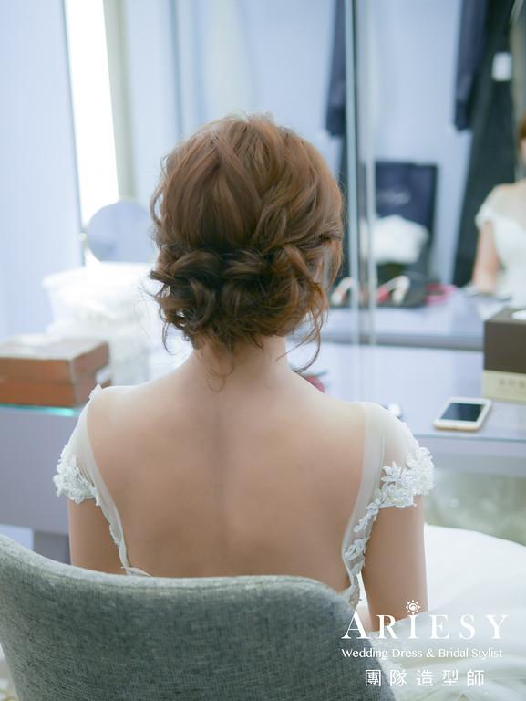 證婚髮型,新秘推薦,蓬鬆盤髮,花圈造型,新秘花藝