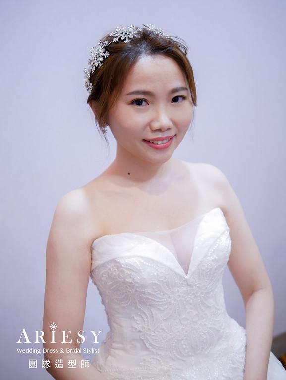 進場髮型,新娘編髮,新娘自然妝,新娘造型,台北新秘