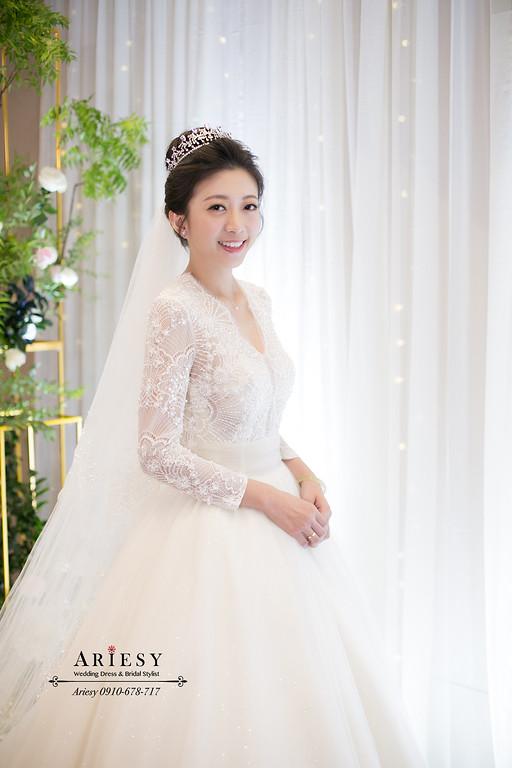 單眼皮新娘,白紗新娘髮型,皇室白紗造型,新娘秘書,新秘,台北新秘,ARIESY,愛瑞思