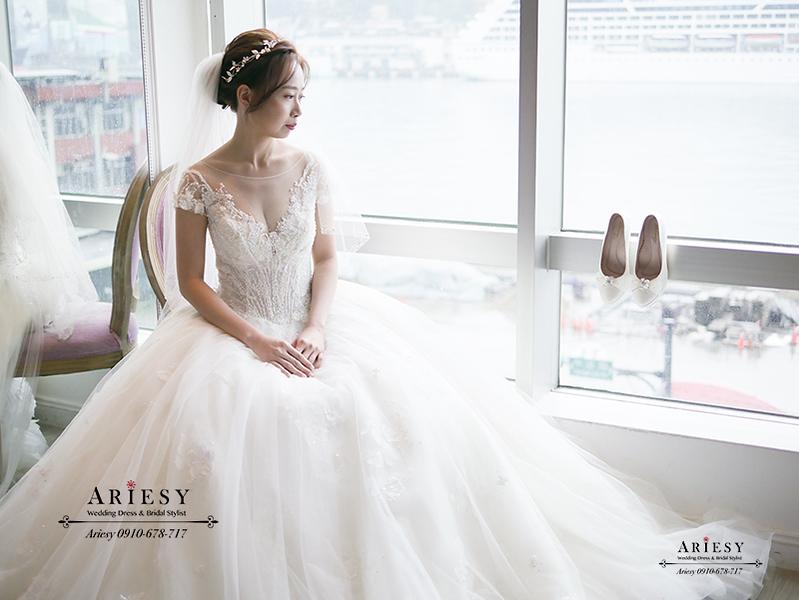 日系新娘造型,愛瑞思新娘秘書,台北新秘,白紗新娘髮型,清透自然妝感,華麗公主皇冠