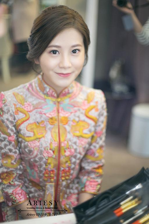 龍鳳褂造型,新秘,新娘自然妝感,愛瑞思,ariesy,台北新娘化妝師