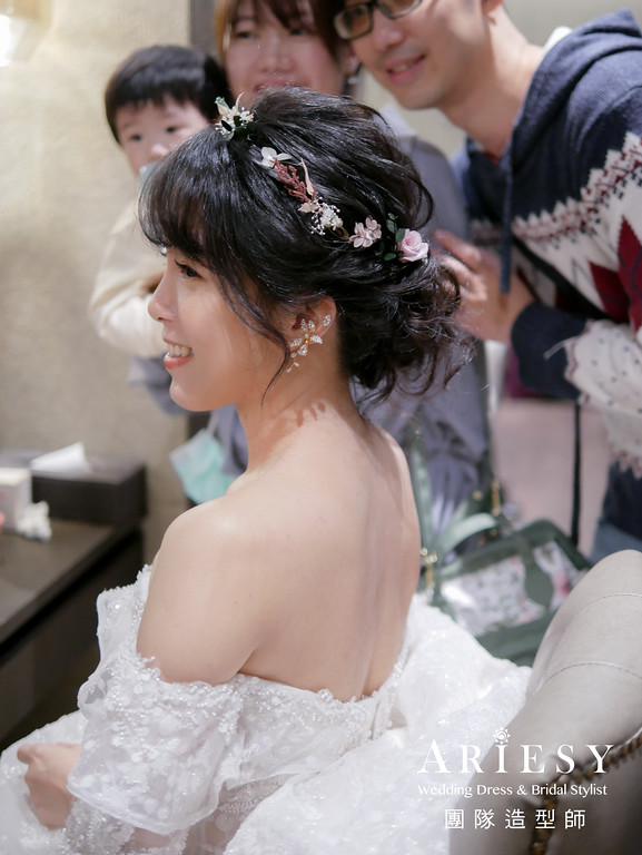 進場髮型,黑髮新娘,新秘花藝,編髮造型,黑髮編髮造型