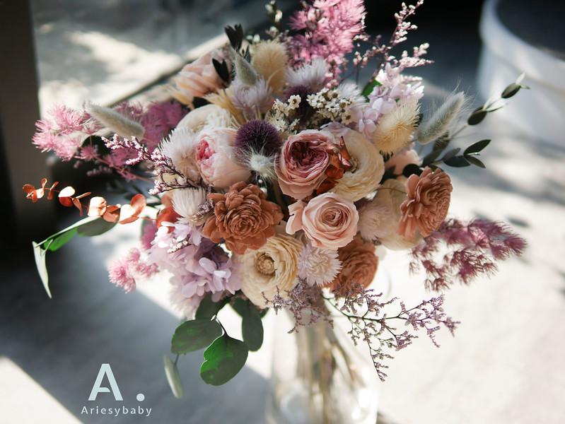 新祕,Ariesybaby造型團隊,甜美新娘,永生花捧花,蓬鬆盤髮