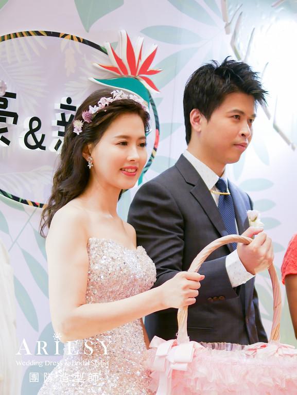 粉橘色禮服造型,送客髮型,歐美風格,鮮花造型,新秘花藝