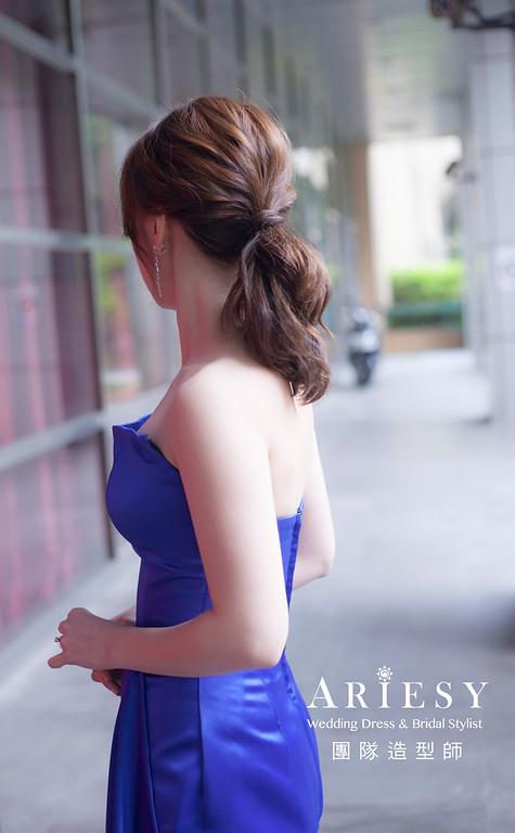 台北新祕,新娘秘書,新娘造型,蓬鬆編髮,新娘髮型,自然清透妝感,馬尾造型,推薦新秘,自然清透妝感