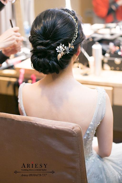 新娘秘書,新秘,愛瑞思,ARIESY,台北新秘,黑髮新娘造型,敬酒新娘髮型