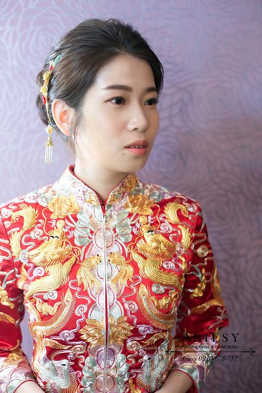 龍鳳褂新娘造型,文定新娘秘書,新秘,台北新秘推薦,愛瑞思,ARIESY