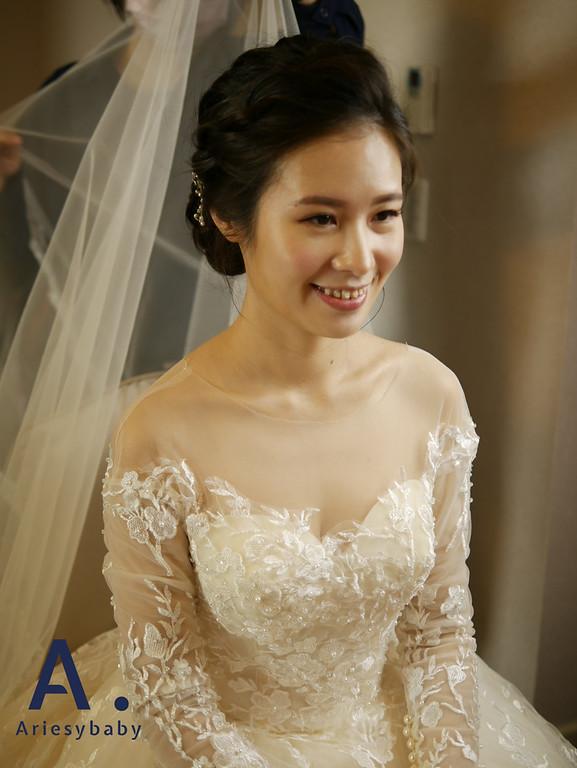 新秘,編髮造型,白紗造型,韓系造型,自然輕透妝感
