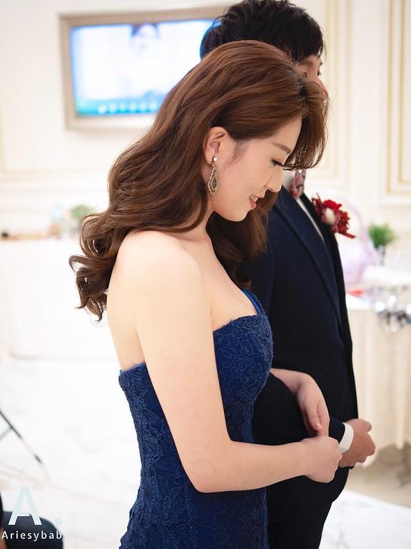 新祕,Ariesybaby造型團隊,單眼皮新娘,送客造型,時尚新娘,浪漫大捲