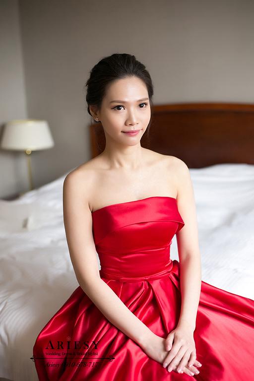 紅色禮服造型,新竹新娘秘書,黑髮新秘,愛瑞思,ARIESY,名媛時尚新娘