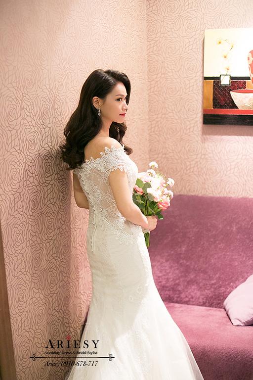 新竹新娘秘書,新秘,愛瑞思,ARIESY,名媛時尚黑髮新娘,新娘造型,莓果色紅脣