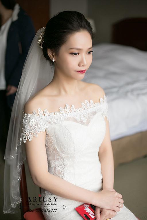 新竹新娘秘書,新秘,愛瑞思,ARIESY,名媛時尚新娘,黑髮新娘造型,莓果色紅脣