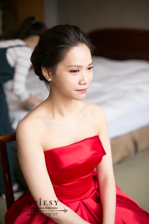 紅色禮服造型,新竹新娘秘書,新秘,愛瑞思,ARIESY,黑髮名媛時尚新娘