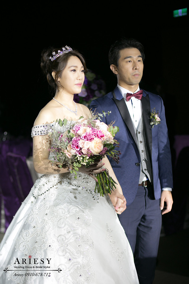 新娘秘書,台北新秘,皇冠造型,歐美捧花,新娘捧花,新娘髮型