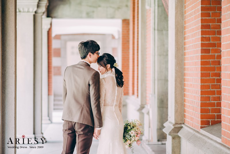 ARIESY手工婚紗,婚攝大嘴,愛瑞思新娘秘書團隊,新莊攝影工作室,長袖復古蕾絲手工婚紗,復古赫本晚宴服