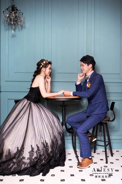 自助婚紗,花藝頭飾,蓬鬆編髮,新娘造型,新娘髮型,新娘秘書,新祕
