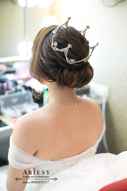 皇冠造型,新秘,新莊晶宴,新娘秘書,台北新秘,新娘捧花