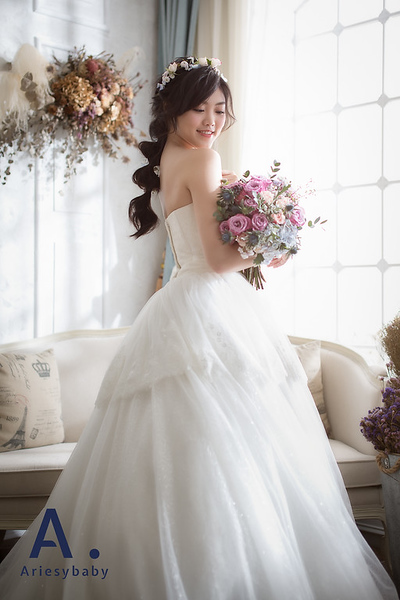 禮服出租,婚紗禮服工作室,新莊自助婚紗,手工婚紗,典雅亮紗甜美公主風白紗