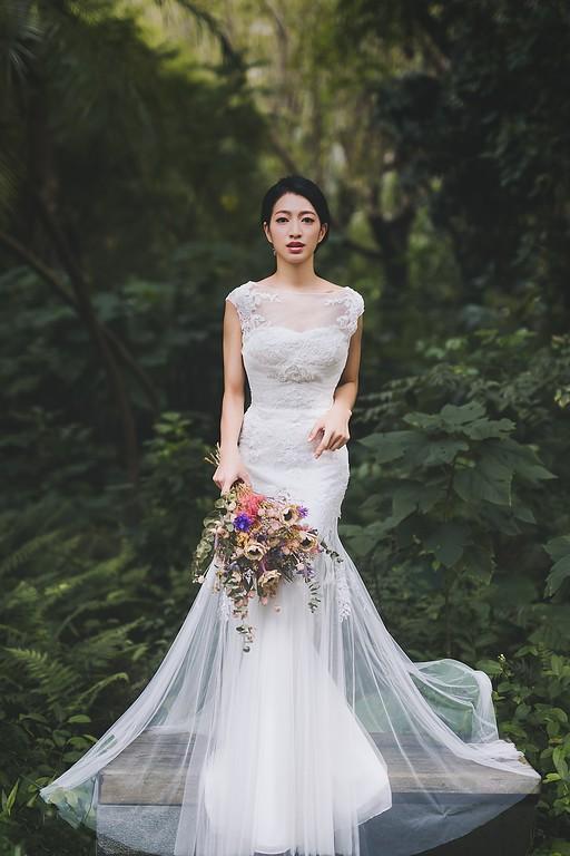 禮服出租,婚紗禮服工作室,新莊自助婚紗,手工婚紗,夢幻森林系修身蕾絲魚尾白紗