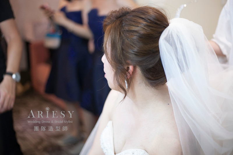 白紗造型,編髮造型,盤髮新娘髮型,桃園新祕,新娘造型,戶外證婚造型