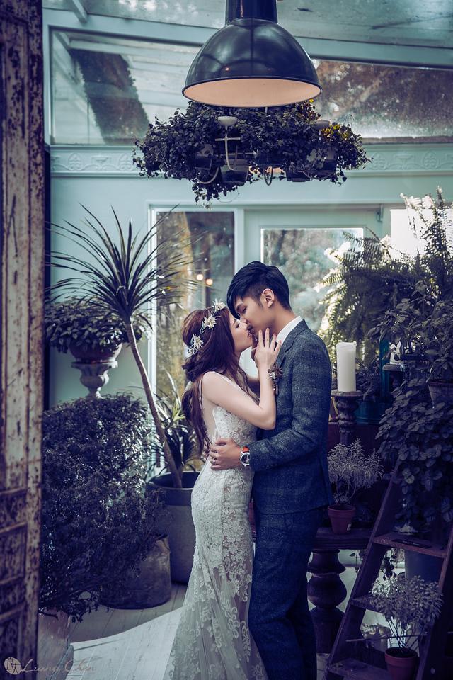 自主婚紗,Pre-Wedding,獨立婚紗,自助婚紗,海外婚禮, 海外婚紗,婚紗攝影,,image ,Wedding  photo,pre wedding,bride, 婚攝,台北攝影師,台灣攝影師,婚紗攝影師,婚紗攝影工作室,良大LiangChen,婚禮攝影, 婚禮紀錄,婚禮,婚紗,攝影,白紗,禮服, 婚禮攝影,婚禮拍照,拍婚紗,拍婚禮,結婚迎娶,訂婚儀式,人像婚紗, 個性時尚婚紗, Howbon Floral Design 好棒花藝,新娘捧花,Alisha&Lace 愛儷紗&蕾絲手工婚紗,棚內婚紗照,肖像婚紗,陽明山,造型師Vivi Makeup Studio,造型師瑋翎,造型師Nina楊夢稊, 白紗禮服,量身訂制白紗禮服,棚內婚紗,復古婚紗,id tailor男仕西服,西服租借, 陽明山拍婚紗 ,北投龍鳯谷,好樣秘境拍婚紗