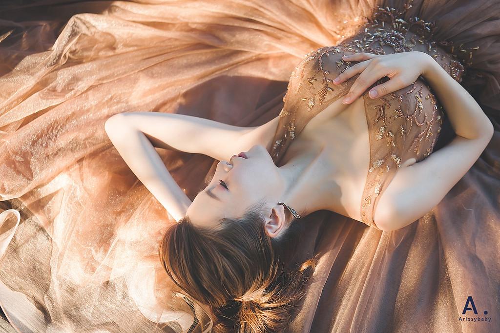 https://photos.smugmug.com/短髮新娘婚紗造型-歐美明星風甜美仙氣造型BRIDE-嫻/i-VWrf3Mp/0/b86d24db/XL/JJ4-XL.jpg