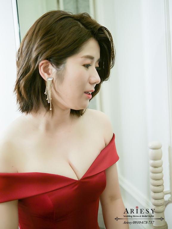 新娘秘書,新秘,台北新秘,短髮新娘,紅色緞面禮服,愛瑞思