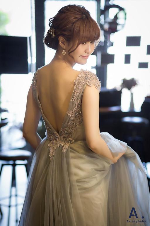 https://photos.smugmug.com/短髮新短髮新娘婚紗造型日式微醺自然妝感復古時尚造型-BRIDE-Twinkle/i-kpssN3R/0/4f0be289/XL/V孟家%20%283%29-XL.jpg