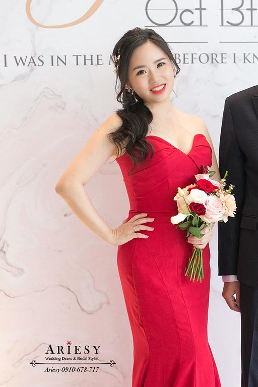 送客小捧花,紅色魚尾禮服,ARIESY,大倉久和婚宴,新娘造型,新娘秘書,黑髮新娘髮型