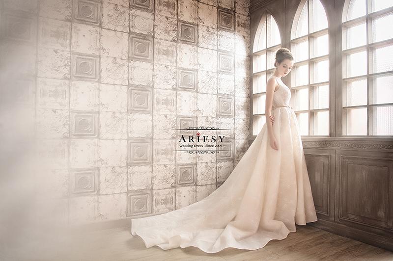 類白紗,縷空,Wedding Dress,bridal,自助婚紗,手工婚紗,禮服出租,婚紗工作室,愛瑞思,拍婚紗,宴客禮服,ARIESY,婚紗外景,新娘秘書,新娘造型
