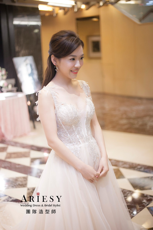 時尚新娘造型,愛瑞思,hanya,台北新秘,新娘秘書,新秘推薦
