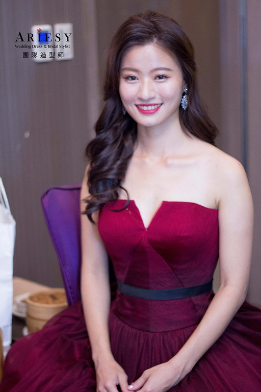 紅色禮服造型,愛瑞思,Dibbie,明星妝感,台北新秘,新娘秘書,新秘推薦